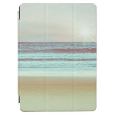 Retro Serene Beach Artwork   iPad Air Case