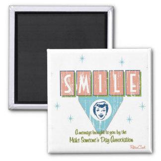 Retro 'Smile' Magnet