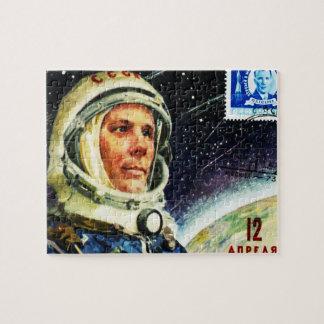 RETRO SPACE AGE 1960's (SOVIET UNION ASTRONAUT) Puzzle