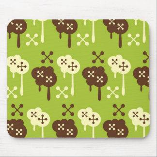 Retro splatter brown & green kawaii cloud pattern mouse pad
