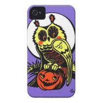 Retro Style Halloween Owl iPhone 4 Cover