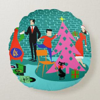 Retro Trimming the Christmas Tree Round Pillow