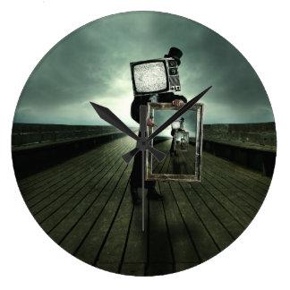 Retro tv men large clock