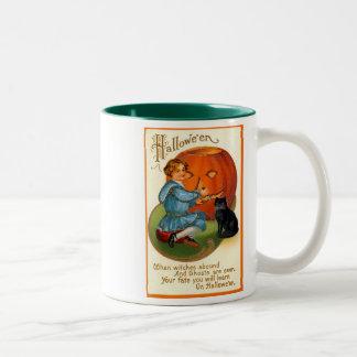Retro Vintage Halloween Carving the Pumpkin Two-Tone Coffee Mug