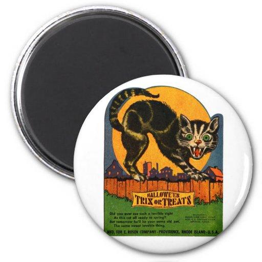 Retro Vintage Kitsch Halloween Black Cat Candy 2 Inch Round Magnet