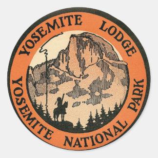 Retro Vintage Kitsch Hotel Yosemite Lodge Tag Classic Round Sticker