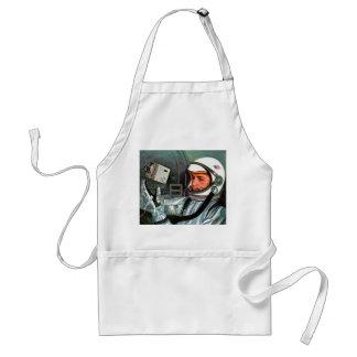 Retro Vintage Kitsch NASA Astronaut Super 8 Camera Adult Apron