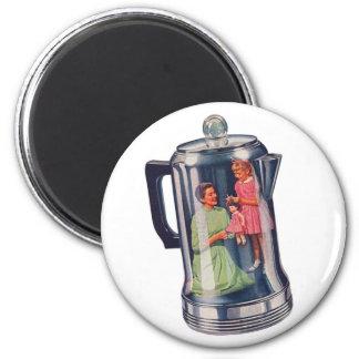 Retro Vintage Kitsch 'Percolator Coffee Mama' 2 Inch Round Magnet