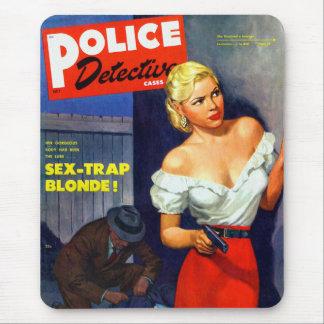 Retro Vintage Kitsch Pulp Women Police Detective Mouse Pad