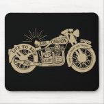Retro viva para montar la motocicleta del vintage  tapetes de raton