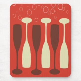 Retro wine glass design mouse pad