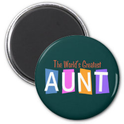 Round Magnet with Retro World's Greatest Aunt design