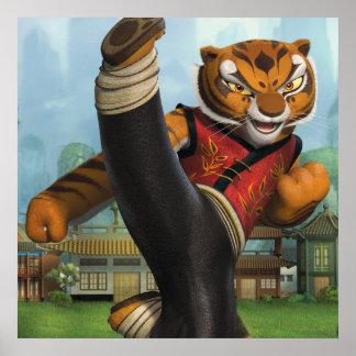 Retroceso de la tigresa póster