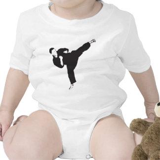 Retroceso del karate camiseta