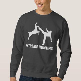 Retroceso extremo del karate de los ciervos de la suéter