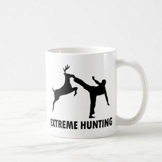 Retroceso extremo del karate de los ciervos de la  taza