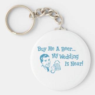 Retros azules me compran una cerveza que mi boda e llavero redondo tipo pin