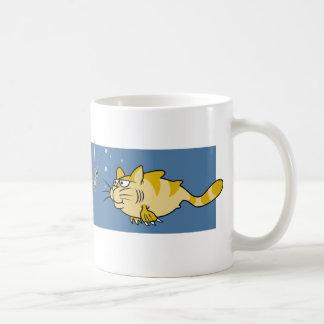 Retruécano del siluro taza de café
