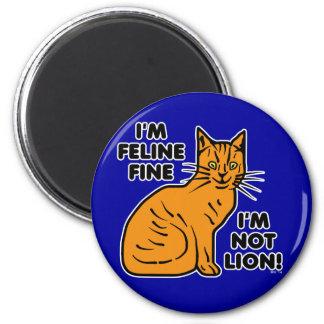 Retruécano divertido del gato imán redondo 5 cm