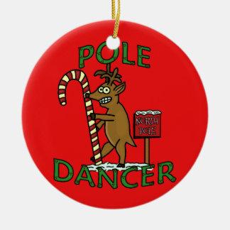 Retruécano divertido del reno del navidad del adorno navideño redondo de cerámica