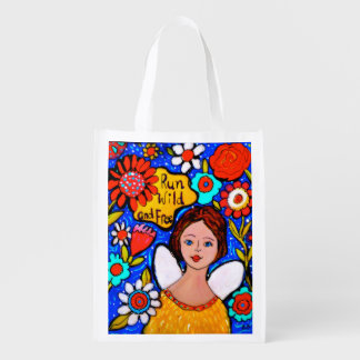 Reusable tote folds up within itself market bag