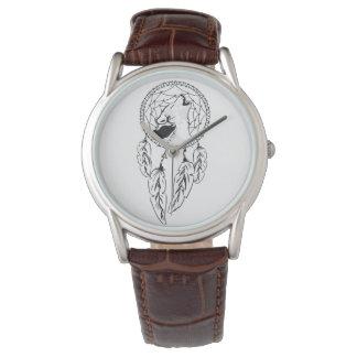 Rêve catches wristwatch
