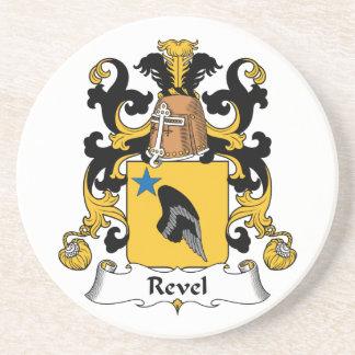 Revel el escudo de la familia posavaso para bebida