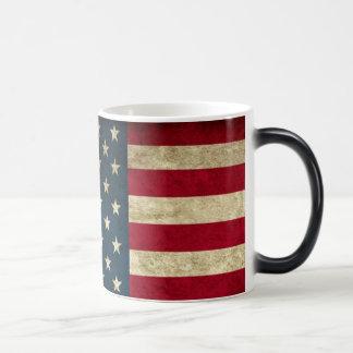 ¡Revele su patriotismo con esta taza del cambio