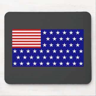 REVERSE FLAG MOUSE PAD