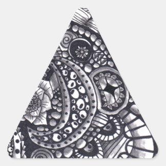 Revoltijo de la naturaleza pegatina triangular