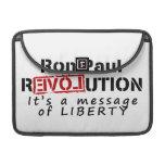 Revolución de Ron Paul es un mensaje de la liberta Funda Macbook Pro