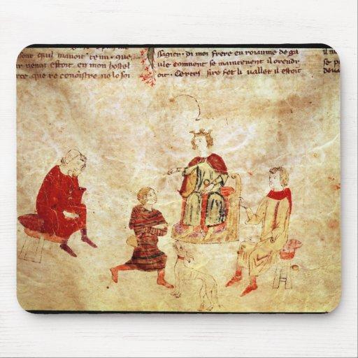 Rey Arturo en su trono rodeado Tapetes De Raton