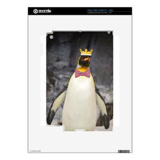 Rey Chillin' del hielo de rey pingüino iPad 2 Calcomanía