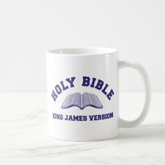 Rey James Version de la Sagrada Biblia en azul Taza Básica Blanca
