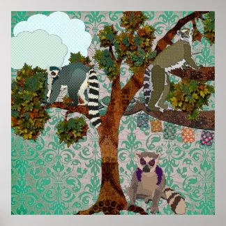 Rey Jullian y Lemurs hacia fuera en un damasco P d Póster