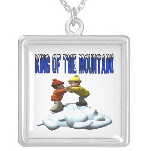 Rey Of The Mountain Colgante Cuadrado