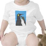 Rey pingüino emparejado traje de bebé