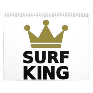 Rey que practica surf calendarios