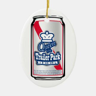 Rey/reina del ornamento de la cerveza del parque adorno navideño ovalado de cerámica