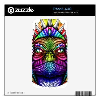 Rey Wearing del lagarto del arco iris una corona Calcomanía Para El iPhone 4