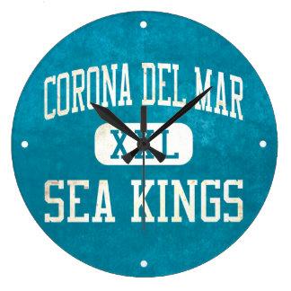 Reyes de mar de Corona del Mar atletismo Reloj De Pared