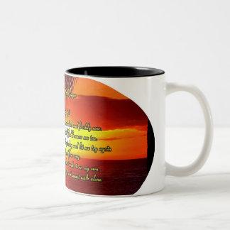 Rezo de dios de la buena mañana taza de café de dos colores