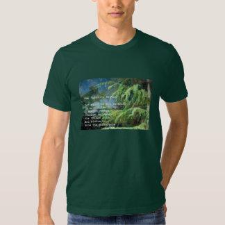 Rezo de la serenidad en la camiseta de los pinos playera