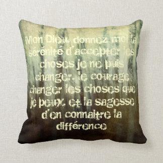 Rezo sucio de la serenidad en almohada francesa