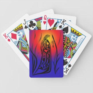 Rezos de la salida del sol de la mujer de la baraja cartas de poker