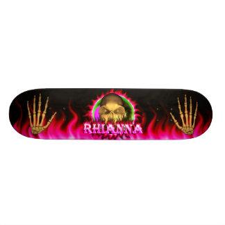Rhianna skull pink fire Skatersollie skateboard