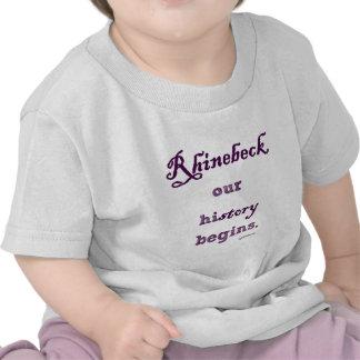 Rhinebeck, mi historia comienza aquí camisetas