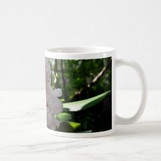 Rhodendrons blanco taza clásica