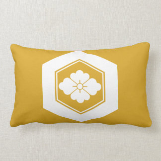 Rhombic flower in tortoiseshell lumbar pillow