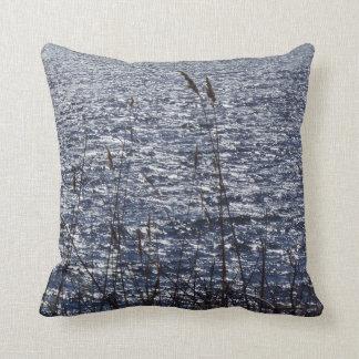 RI ocean pillow